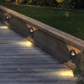 HAUET OUTDOOR LONG-LASTING STEP AND STAIRCASE LIGHT (UP TO 4 SIDED BEAMS)