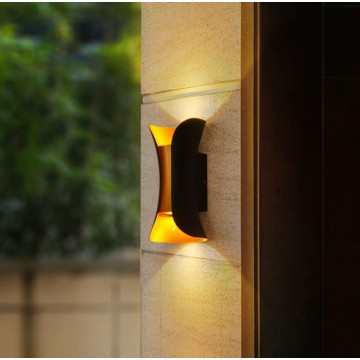 AURORA SUNSET INSPIRED CLASSIC CURVED SURFACE OUTDOOR IP64 WALL LIGHT (INNER BLACK/ INNER GOLD)